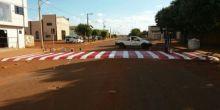 Faixas de pedestres e lombadas são repintadas em Campo Novo do Parecis
