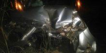 Prefeito e primeira-dama de Ribeirãozinho sofrem acidente ao bater caminhonete em trator