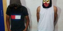 Garotos com máscara de palhaço assustam moradores e são detidos