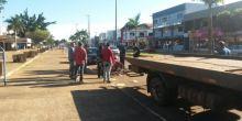 Acidente de moto na Av. Brasil deixa jovem ferida