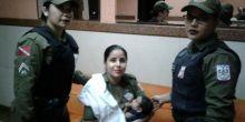 Soldado amamenta bebê que chorava de fome durante abordagem policial